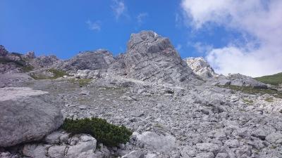 Durch Felsen