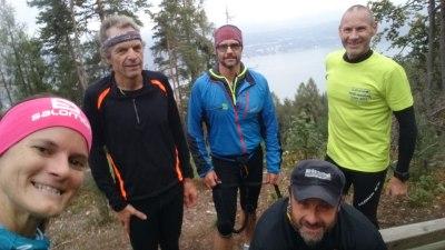 Mit Freunden auf Trails