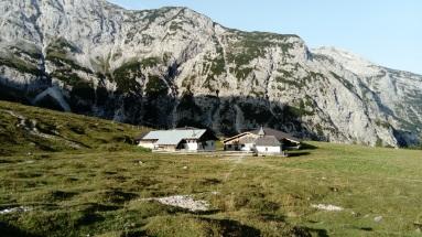 Alm unter dem Karwendelhaus