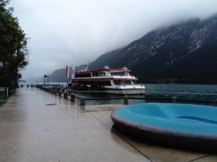 Kein Schiff fährt mehr bei dem Wetter